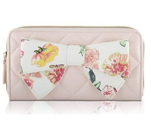 Betsey Johnson Boxed Quilted Bow Zip Around Continental Wallet